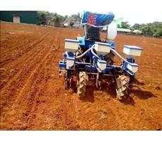 Máy gieo hạt ngô 3 hàng tự động