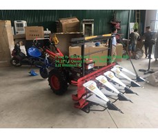 Máy thu hoạch cây ngô,  4 hàng