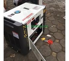 Máy phát điện chạy dầu Honda SD7800EC-5kw siêu chống ồn